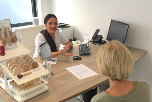 Huidtherapeute Tamara de Grooth Nationaal Huidcentrum gratis adviesgesprek