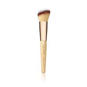 Blending/Contour Brush: multifunctioneel penseel met schuin uiteinde.