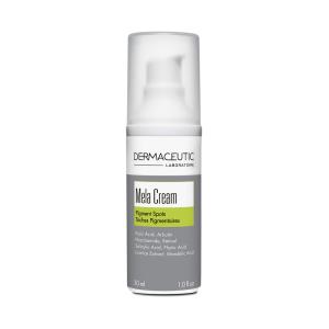 Flesje met Mela Cream, speciaal ontwikkeld voor de pigmentgevoelige (melasma) huid.